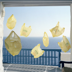 grafikk-imaginaere:  Yellow Bags by Jakob Hunosøe