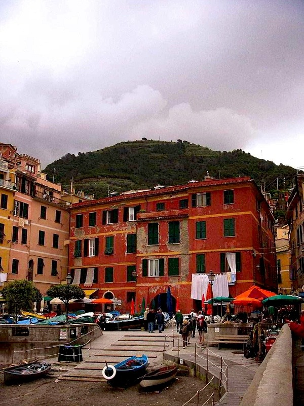 | ♕ |  Rain nears to Vernazza  | by © Monte Nero