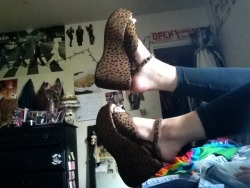 $3 Leopard wedges from the thrift store. Too bad they're a size too small