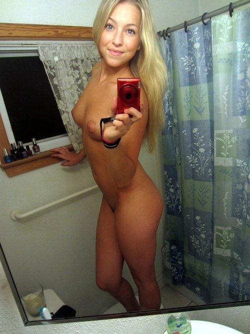 Nude Selfie 3093