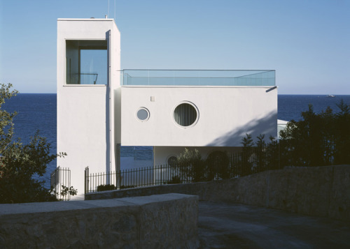 foros yacht house | entry ~ robin monotti architects