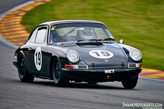 gasinblood:  1964 Porsche 911 by autoidiodyssey on Flickr.