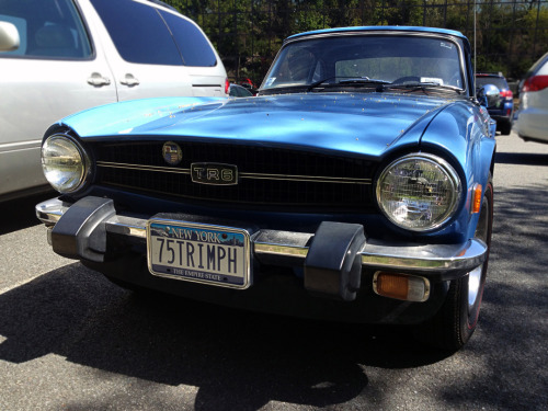 The Sky Was Blue Spotted this 1975 Triumph TR6 in Harrison, NY. Inline-6, 4-speed manual transmission, an independent rear suspension, and the funky workings of British engineering would make for one hell of a thrilling drive. And it looks great with that factory hardtop and French Blue paint.