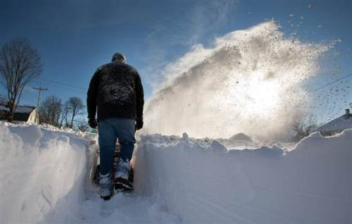 Danger not over as Northeast digs out after storm  (Photo: Matthew Cavanaugh / EPA) Ten deaths are blamed on the blizzard, including a boy killed by carbon monoxide; hundreds of thousands still without power. Read the complete story.