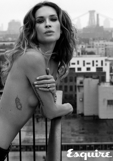 vs-angelwings:  Erin Wasson is so edgy! love it