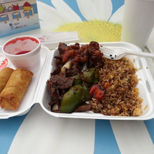 Mall food isnt even that good -_- #chinesefood #foodsucks #ihatemallfood