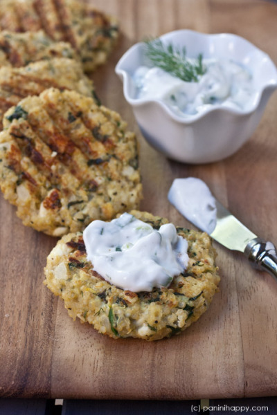 californialavash:  Spinach-Feta Quinoa Cakes and Lemon Dill Yogert Sauce recipes…plus 5 Quick Dinners on the Panini Press The quinoa cakes recipe calls for breadcrumbs… Good use for that last sheet California Lavash you still have in your fridge.