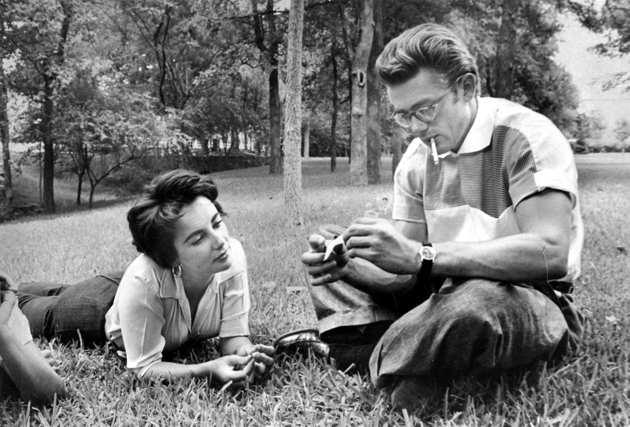 Elizabeth Taylor and James Dean on the set of Giant in Marfa, Texas in 1955