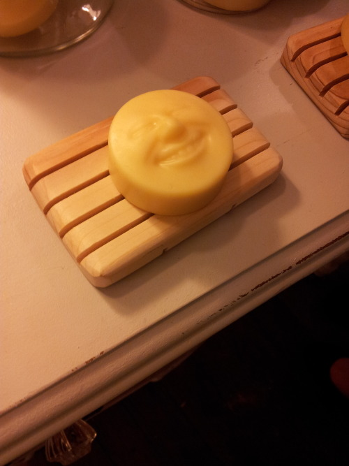 iamonlykidding:  bardofcheese:  The most unsettling soap I've ever seen  I want to rub it all over my nethers.