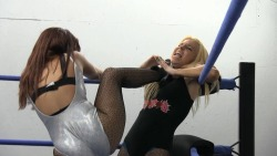 Brittney Savage vs Ivelisse http://slampegs.com/