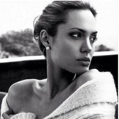 Omg how amazing she is✨ #love #angelinajolie #amazing #actress #inspiration #womencrush #dedication #cancerfree #ladies #guys #followers #wise #amazingwoman #Angelina #jolie #bradpittisluckyguys #power #mustfollow #doubletap #tapthat #likers #likeforlike #potd #photooftheday #fishlips #favorites #iconic #legend