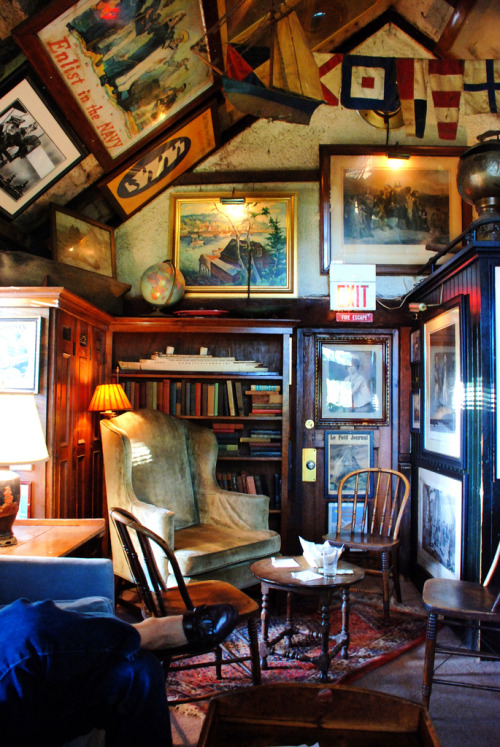 phillian:  The Boat House, a bar in Lambertville, NJ.