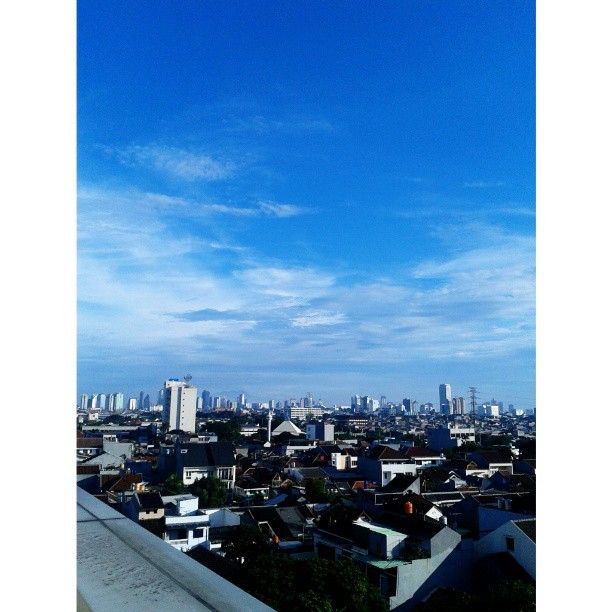Jakarta this afternoon, May 15th 2013 4.26PM. Taken from my office's rooftop.
