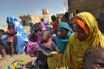 Photo:Malian refugees wait in Fassala to be registered by Mauritanian officials and a local NGO after fleeing Mali for the border. Mauritania 2012 © Lynsey Addario/VII Alarming Malnutrition and Mortality Among Malian Refugees in Mauritania One year after the start of the political crisis in Mali, insecurity resulting from the military coup, the Tuareg rebellion, and the presence of armed Islamist groups in the north has displaced hundreds of thousands of people. Some 55,000 refugees are still living in difficult conditions in the Mbera camp in Mauritania. A nutrition and retrospective mortality survey by Doctors Without Borders/Médecins Sans Frontères (MSF) has revealed critical mortality and malnutrition rates. In this interview, Karl Nawezi, head of MSF's activities in Mauritania, explains why the situation in the camp—which is located in the middle of the desert a few kilometres from the Malian border—has reached such an alarming point.