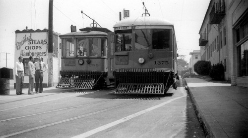 007 LATL 286-1375 V & R Lines 1st & Vermont Loop 19480831 AKW on Flickr. Photographer: Alan Weeks Los Angeles Transit Lines streetcar no.286 on Line V and streetcar no.1375 on Line R at the 1st and Vermont Loop, August 31, 1948.