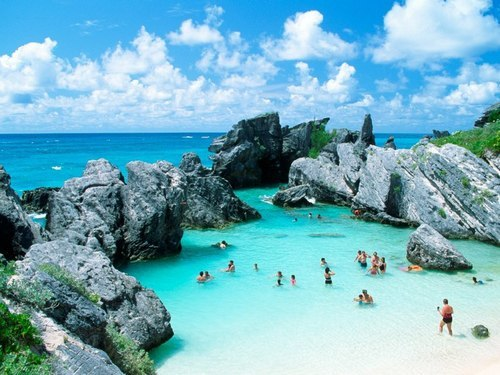 chanelforever1087:  Bermuda on We Heart It. http://weheartit.com/entry/51228935