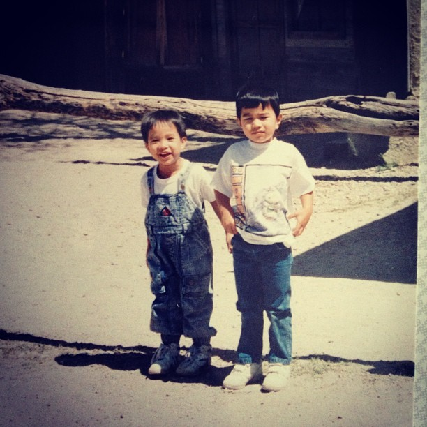 #flashbackfriday #fbf me and @kanoachang #overallswag #hightop #reebok #velcro #lol