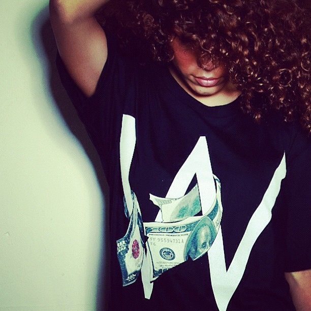 #WageWar Holiday 12' releases tomorrow at 10am CST. Http://store.wage-war.com