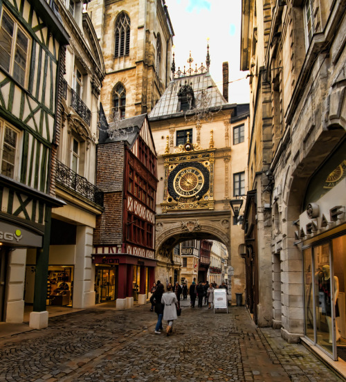 Rouen, France (by robslater93)