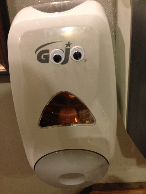 vandaleyesarmy:  Slightly horrified-looking soap dispenser.
