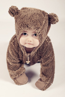 adorablechildren:  Lilly Sue Marks by Crazy Tailz/Alessa on Flickr.  fuzzy wuzzy was a baby!!