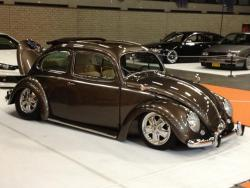 Richard's '55 oval at 100% Tuning. Stance!!