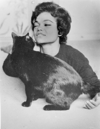 womenandcats:  Eartha Kitt