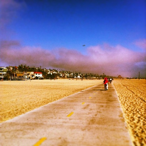 Easy… (at Playa Del Rey Bike Path)
