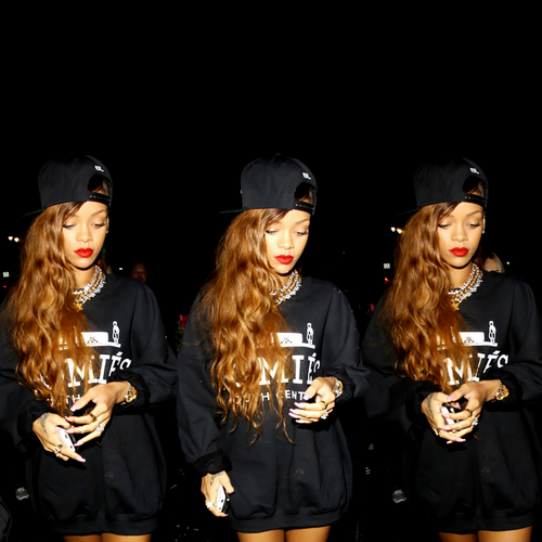 woman-of-class:  Rihanna on We Heart It - http://weheartit.com/entry/53924785/vi