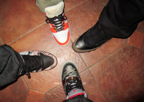 fuckyeahnikes:  Dunks and Jordans http://sharpshoeter.tumblr.com/