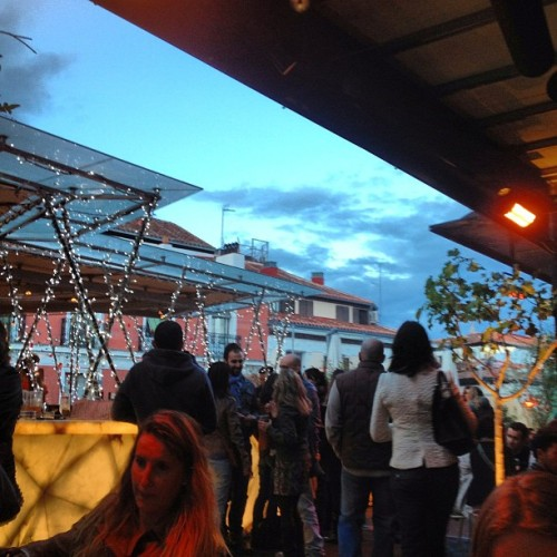 #rooftop #bar at mercado de san antón with my #roomies @slavicicak @feliize #beautiful #lastnightout #girlsnightout #latergram