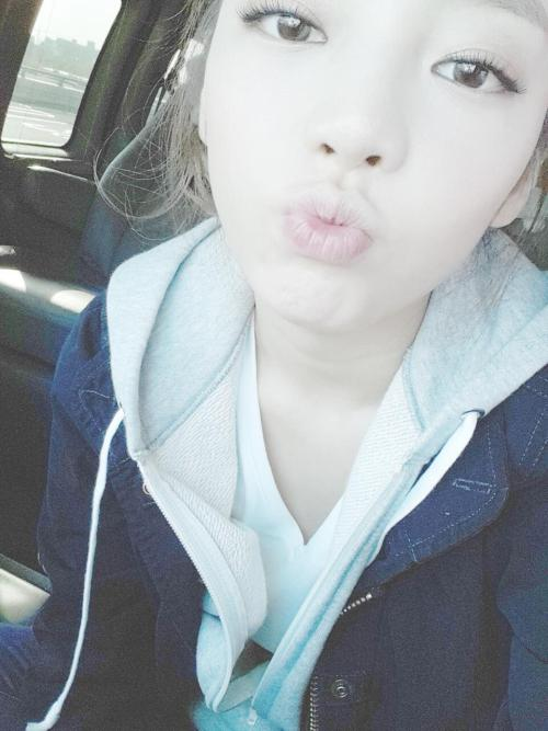 justhara:  130508 The weather is great! Have a nice day today♡ (trans)