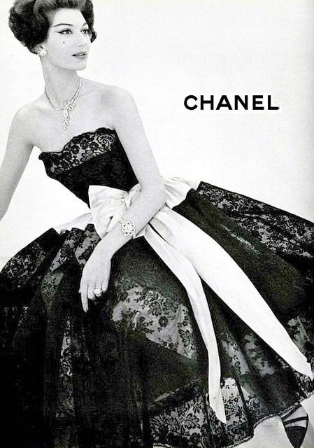 theniftyfifties:  1957 Chanel advertisement.
