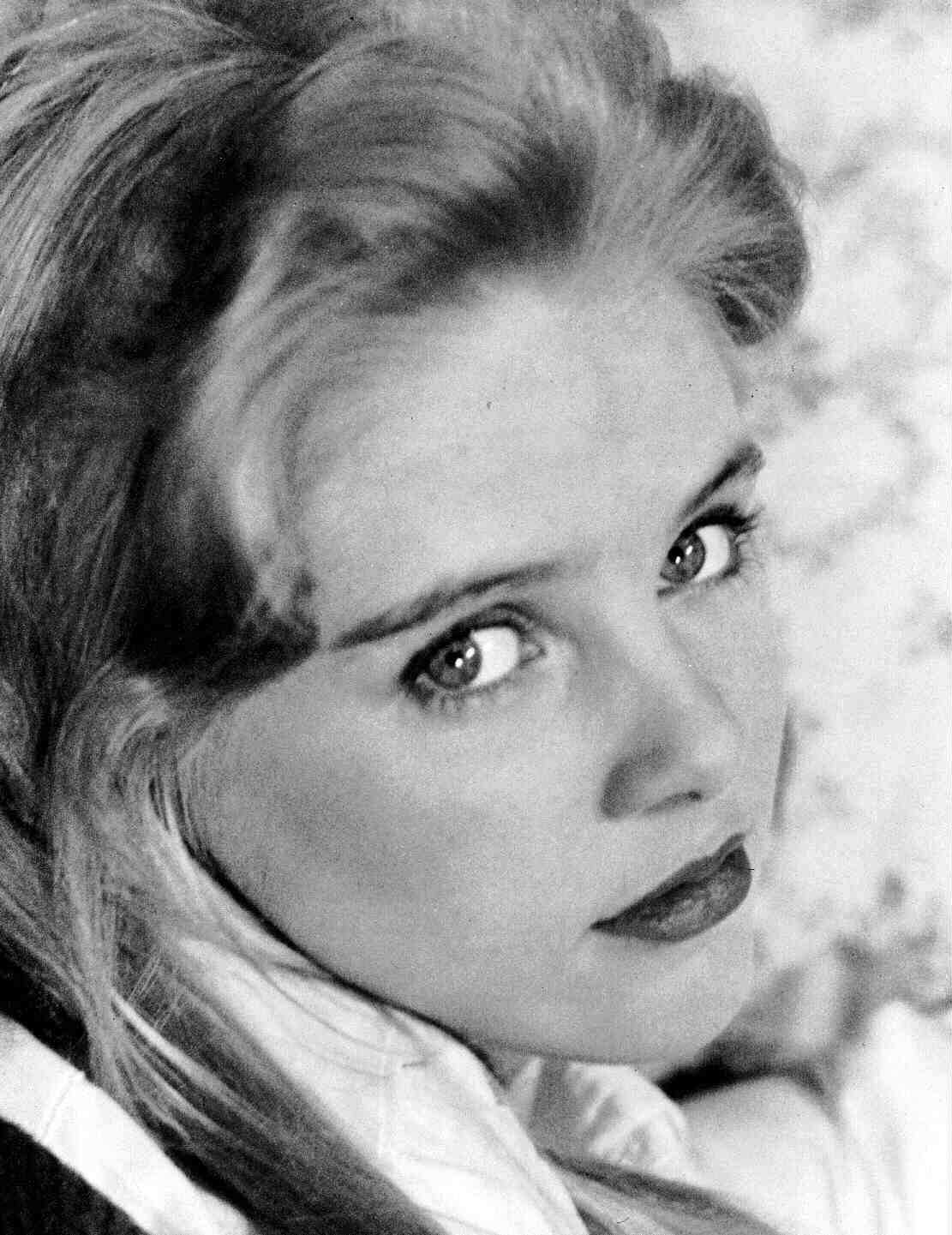 suicideblonde:  Sue Lyon as Lolita