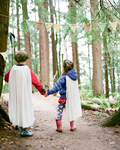 (via Kids Birthday Party Ideas, Maternity Photography, Kids Crafts, Modern Nursery Decor, Family Blog | 100 Layer Cakelet)