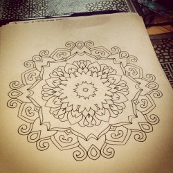 More mandalas I'm dying to put on the skin.. Message me if your interested graceneutral@gmail.com ✨💉👻👯🐼👯👻💉✨
