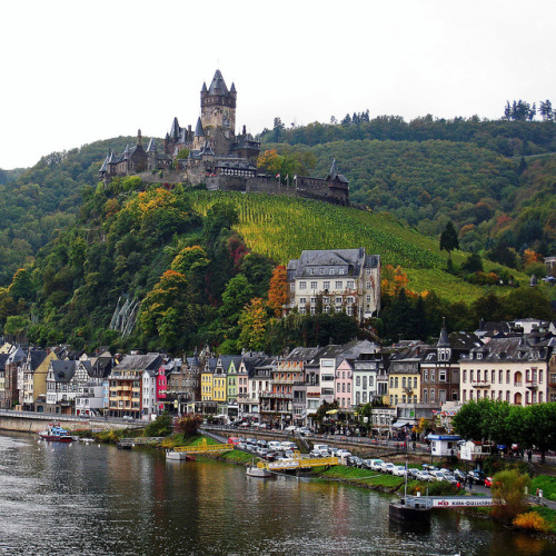 alpenstrasse:  Cochem Castle from the Moselle Bridge