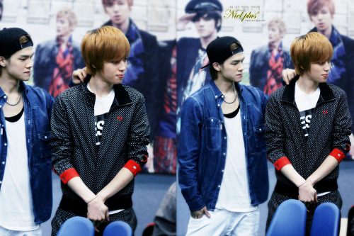 [PIC] 130416 CAP & Niel at Anyang Fansigning (cr: Niel_Plus) >////////< ~