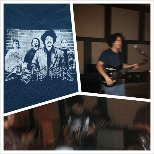 Damn my blurry photos but havin a good time jammin with Castle Pines, can't wait for their show next week. Check these guys out. Support local music!