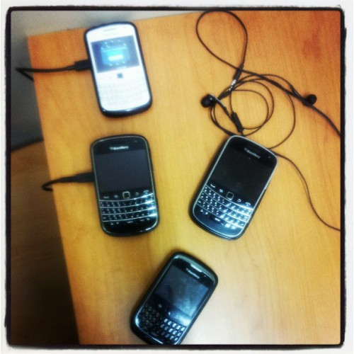LOOK at this #garbage at work useless #crackberry #blackberry #blackberries #crackberries #phones #cellphone #cellphones #smartphone #smartphones #HAHA