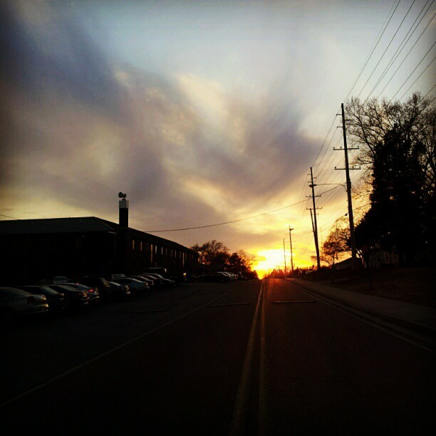 The #sunset at OU. #sun #sunset_madness #Clouds #cloudy #Shadows #sunshine