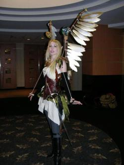 valkyriewrath:  Steampunk, wings kick ass!