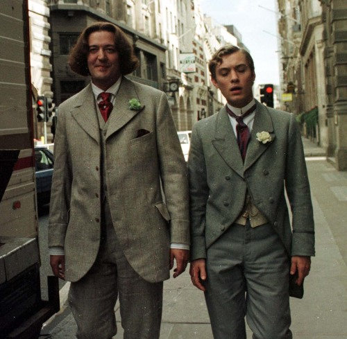 bohemea:  Stephen Fry & Jude Law in Wilde