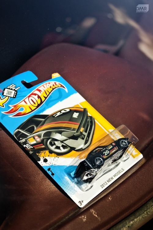 imirdesigner:  When hotwheels come to life \ JDM Legends FB RX7 Self shot