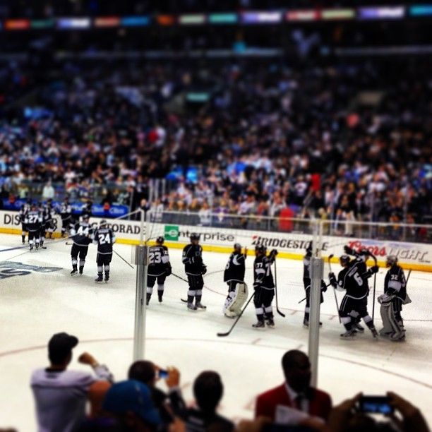 @LAKings Win! Up 2-0 on the Sharks!