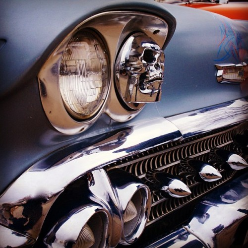 kustomcarphotography:  Great set of high beams on this #chevy. KustomCarPhotography.Com #kustom #car #photography