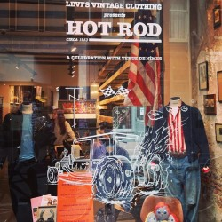 Some kick-ass @levis #lvc hot-rod art on the #tenuedenimes window - #levisvintageclothing #windowshopping http://bit.ly/ZTOqsj