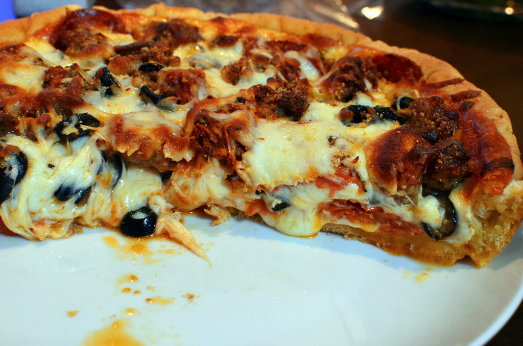 gastronomyfiles:  Costco Deep Dish Pizza (by テッド (Ted))