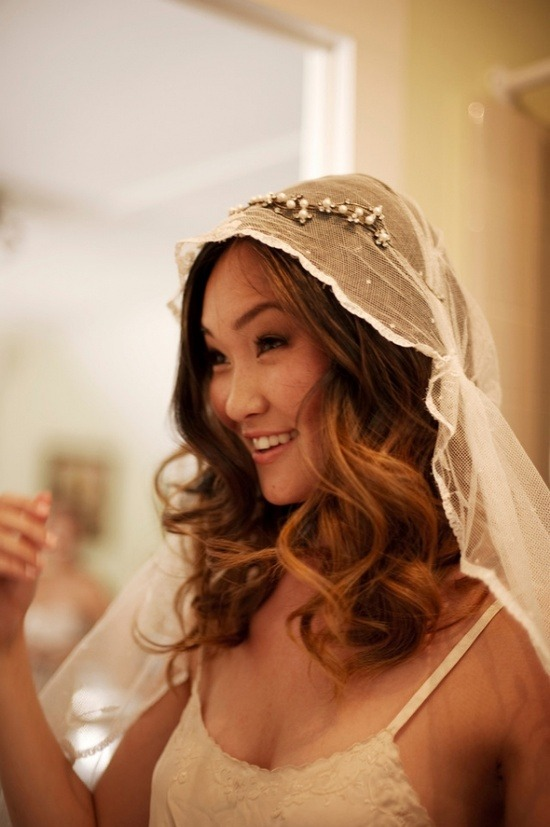 forever in love with this bohemian style bridal veil photo by ashley camper