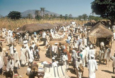 nigerianostalgia:  Market at Zaranda village, east of Jos, Nigeria,1958-1960Vintage Nigerian photos